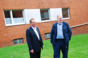Referenz Henne-Haus: Eigentümer Thomas Henne mit Fachplaner Holger Laudeley (Quelle: E3/DC / Andreas Burmann)